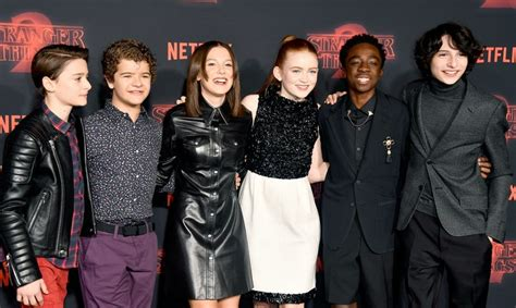The 'Stranger Things' Cast At The 2018 Golden Globes Will