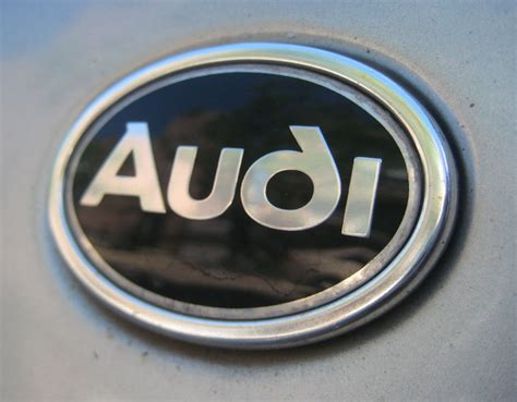 Audi related emblems | Cartype
